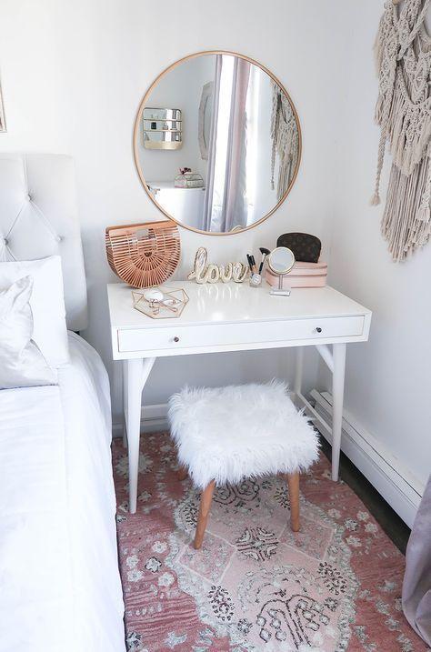 trendy white bedroom decoration idea