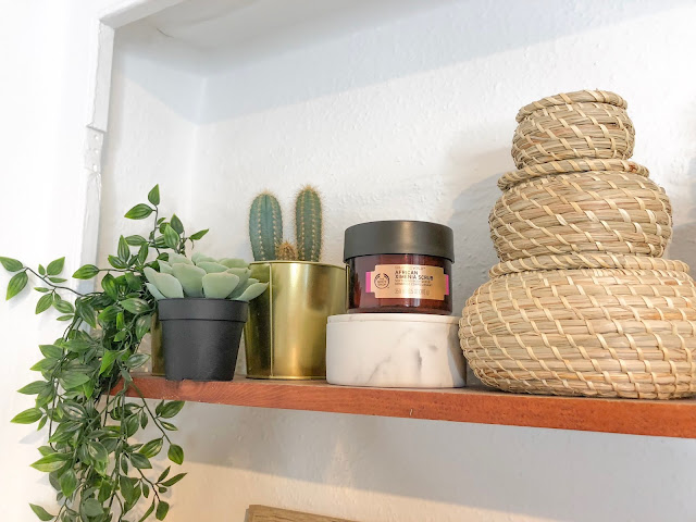 plants baskets shelves justalittlebitoflauryn