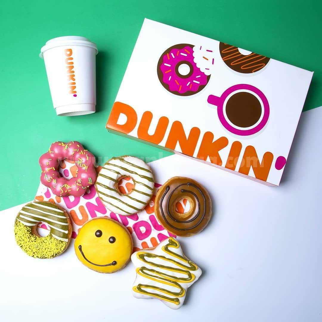 Promo DUNKIN DONUTS Gratis 4 Donat + 1 Minuman dengan DD CARD