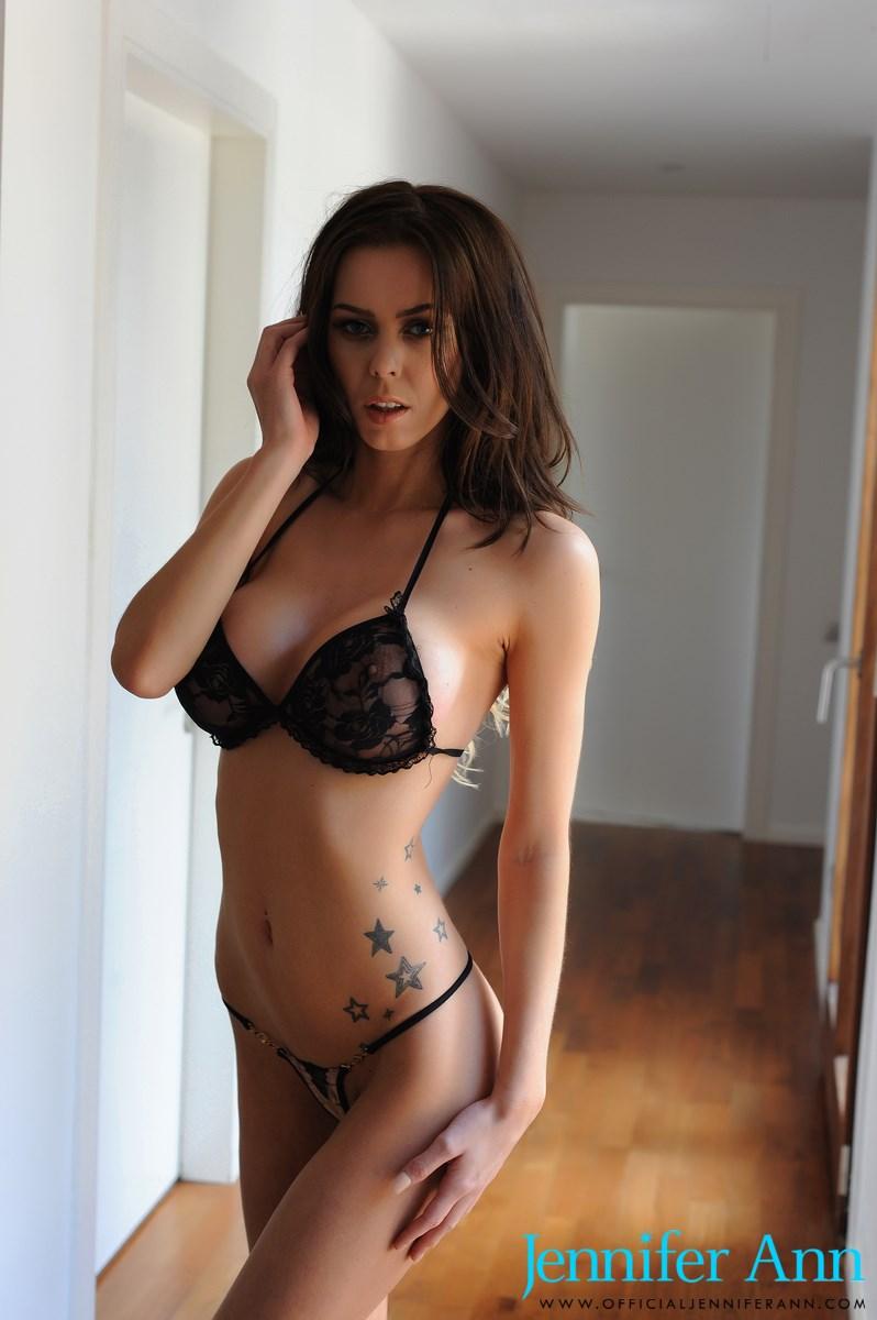 Jennifer Ann Nude Photos 27