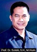 hal itu terkait Kehadirannya di Polda Jawa Tengah di Semarang Biografi Prof. Dr. Suteki SH, M.Hum -  Guru Besar Fakultas Hukum Universitas Diponegoro