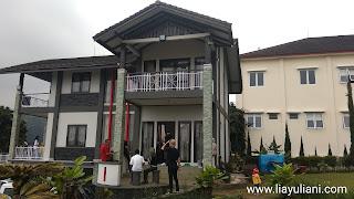 Staycation di Villa Abah, Villa Istana Bunga Lembang