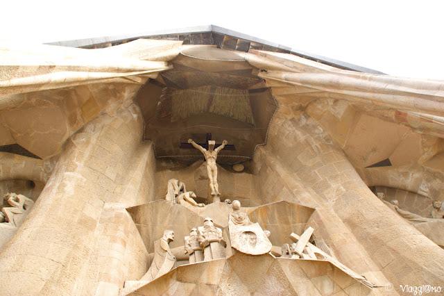 Dettaglio della facciata della passione della Sagrada Familia di Gaudi