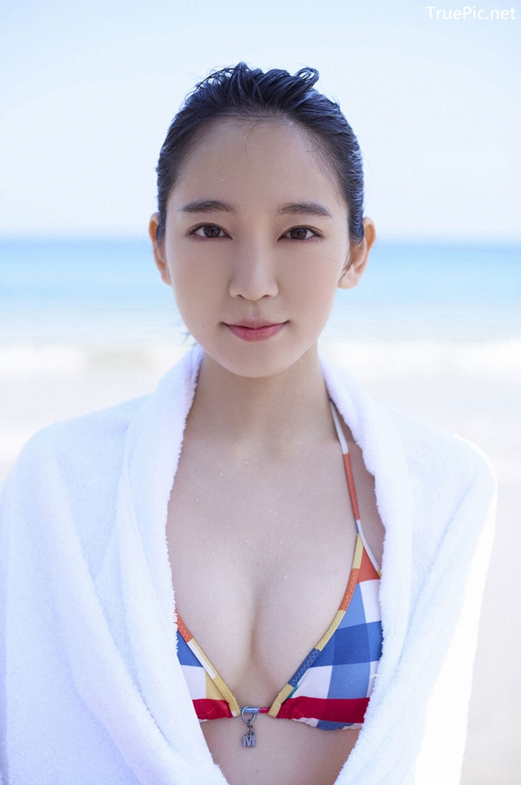 Image-Japanese-Actress-And-Model-Riho-Yoshioka-Pure-Beauty-Of-Sea-Goddess-TruePic.net- Picture-5
