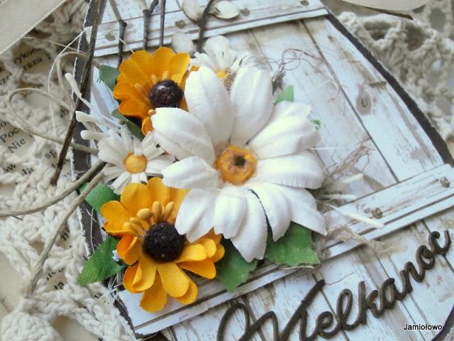 kwiatyręcznie robione według własnego pomysłu