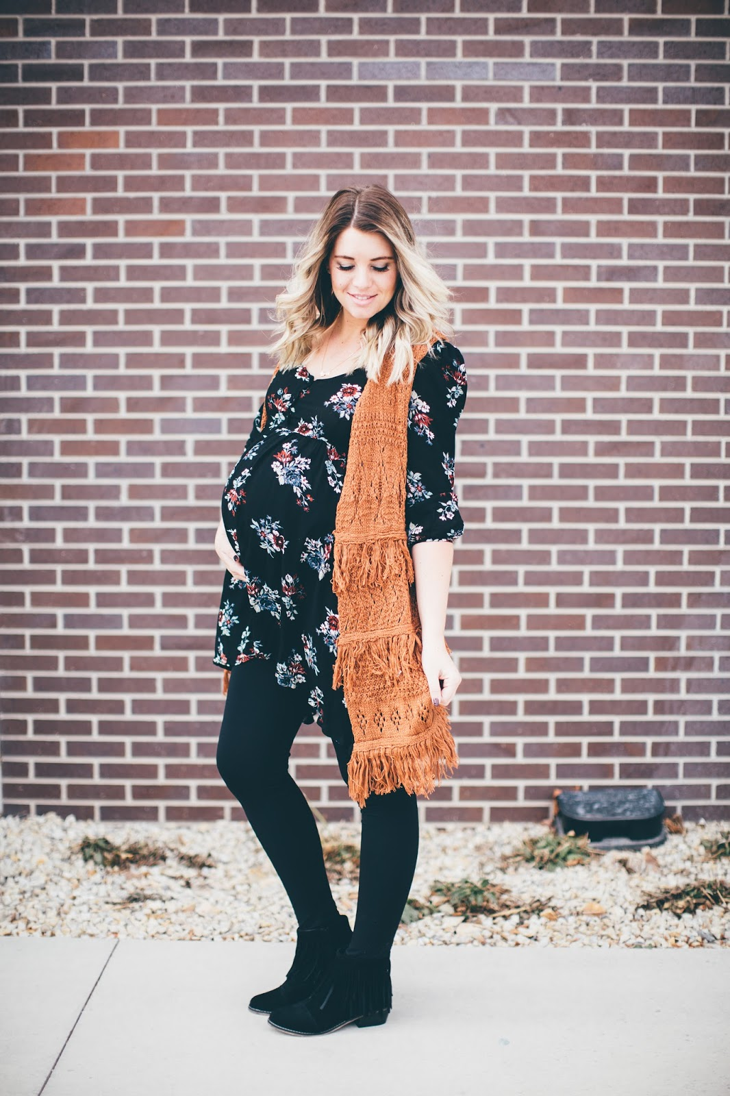 Paige Avenue, Floral Tunic, Utah Fashion Blogger, Maternity Outfit, Pregnant Outfit