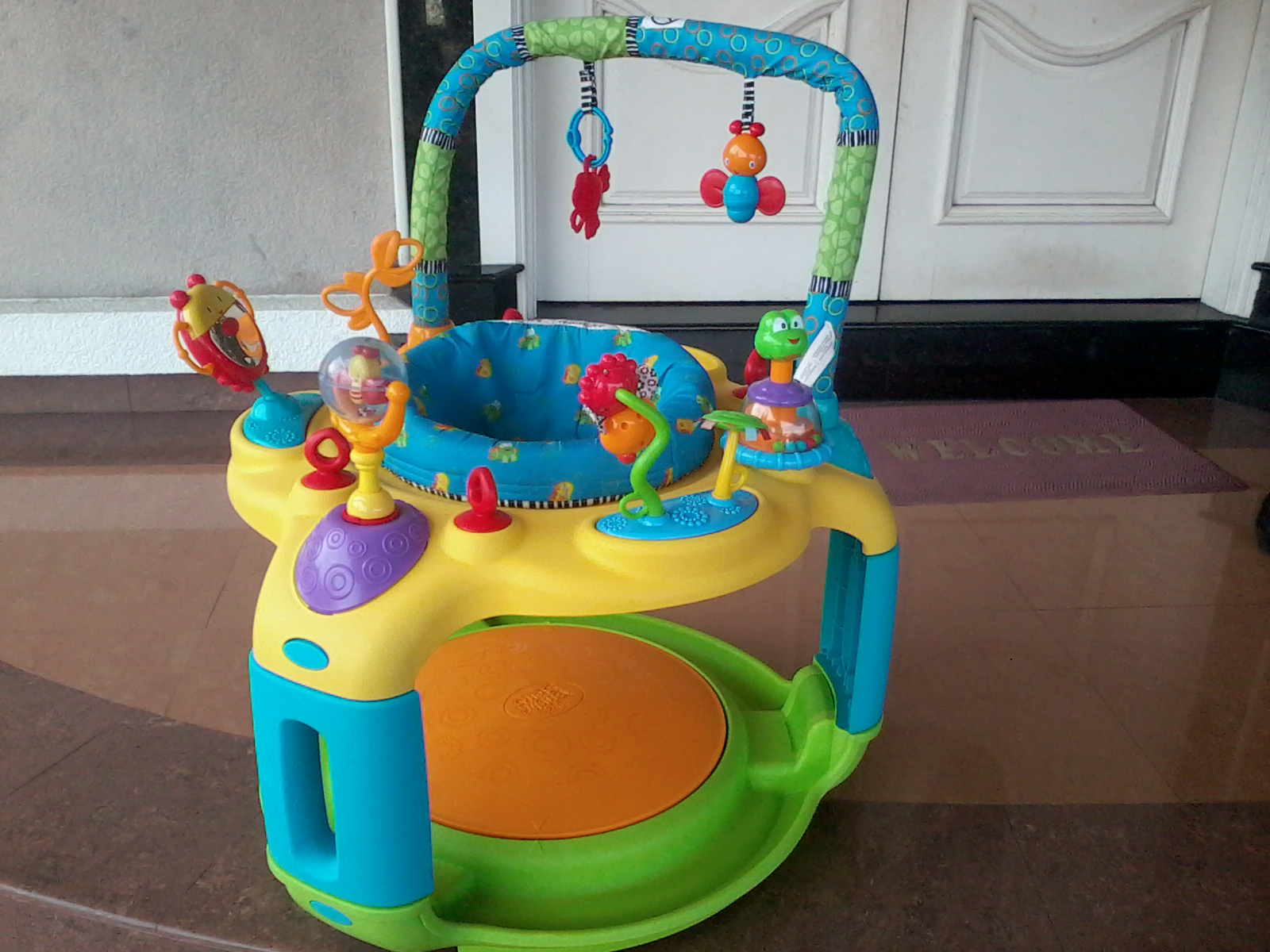 graco winnie the pooh high chair how much does it cost to ship a aliff preloved store bright start bounce bout exersaucer