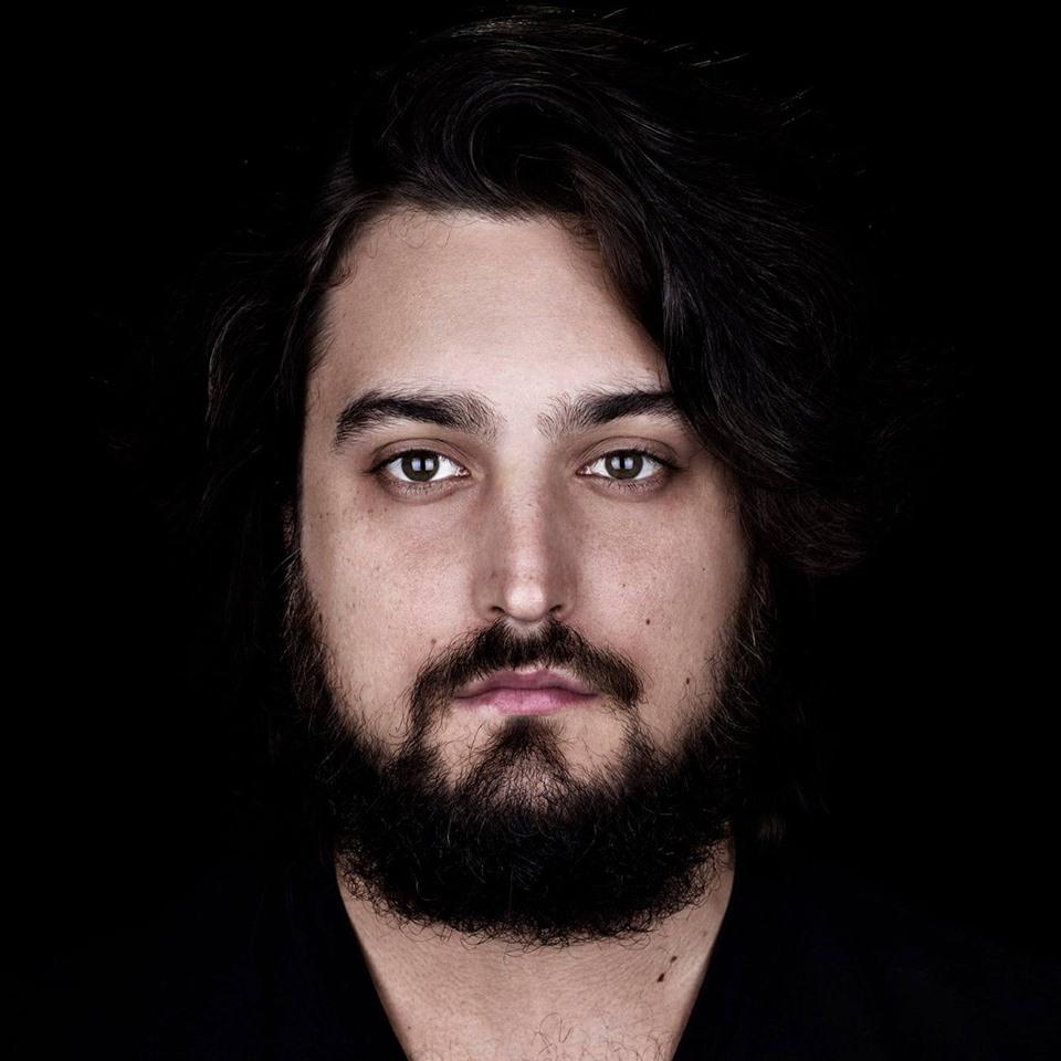 義大利樂器演奏家/歌手Edoardo Casini釋出首支單曲Cast Aside 1