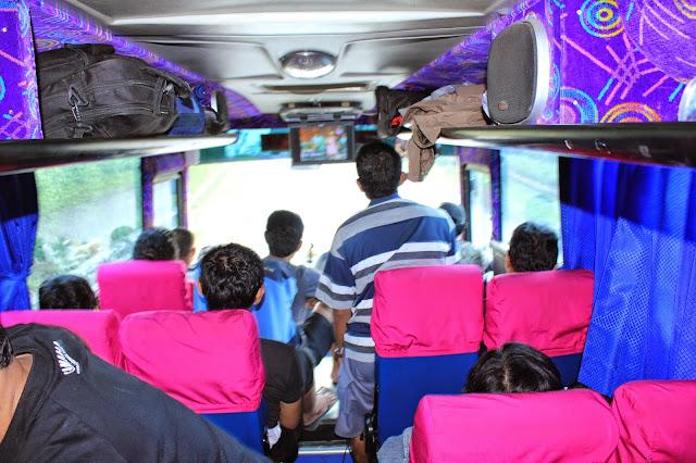Sewa bus ke bandung