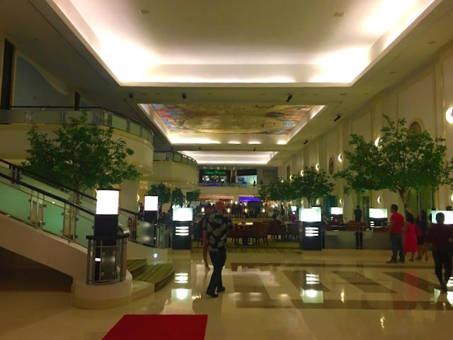 Waterfront Hotel Cebu Lobby Area