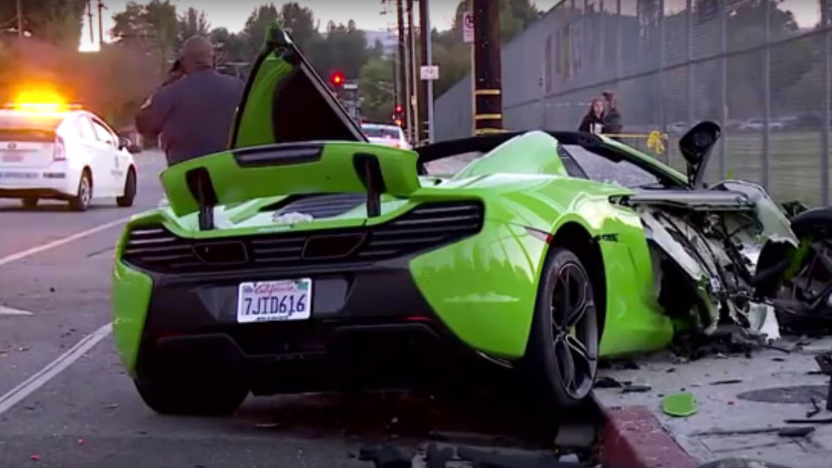 putting everything on line has look at http www dailymail co uk news article 3895910 mclaren sports car destroyed four vehicle crash los angeles html