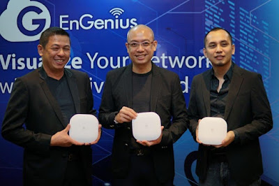 Purwito Tjandrasa, Country Sales Manager, EnGenius Networks Pte Ltd; Lawrence Lim, Regional General Manager (Asia Pacific & Middle East), EnGenius Networks Pte Ltd; Milo Van Cruz, Product Solution Specialist, EnGenius Networks Singapore Pte Ltd