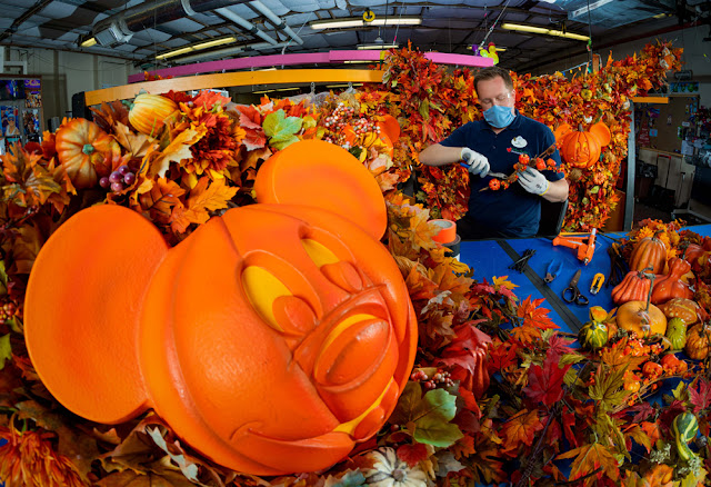 Magic Kingdom 2020 Halloween-themed cavalcade Walt Disney World Resort