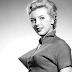 Bra Peluru Ini Sempat Popular dan Digemari Para Aktris Hollywood