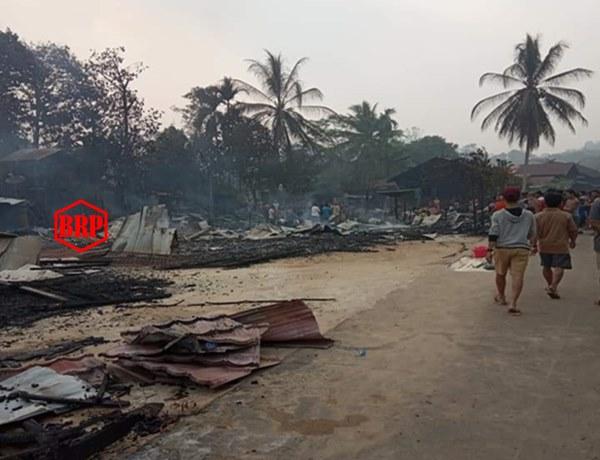 Tujuh Rumah, Gudang dan Eks Kantor Desa Ludes Dilalap Api, Satu MD Ikut Terpanggang