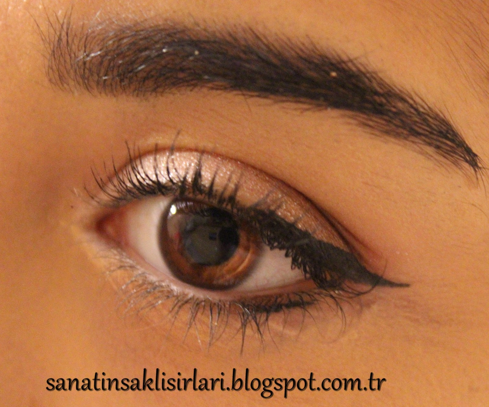 Yılbaşına Özel Göz Makyajınız