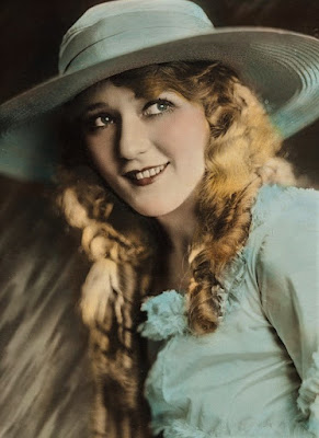 Mary Pickford Was America's Sweetheart