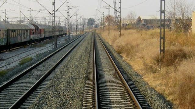 Τραγωδία στη Σκύδρα: Τρένο παρέσυρε 55χρονο οδηγό μηχανής