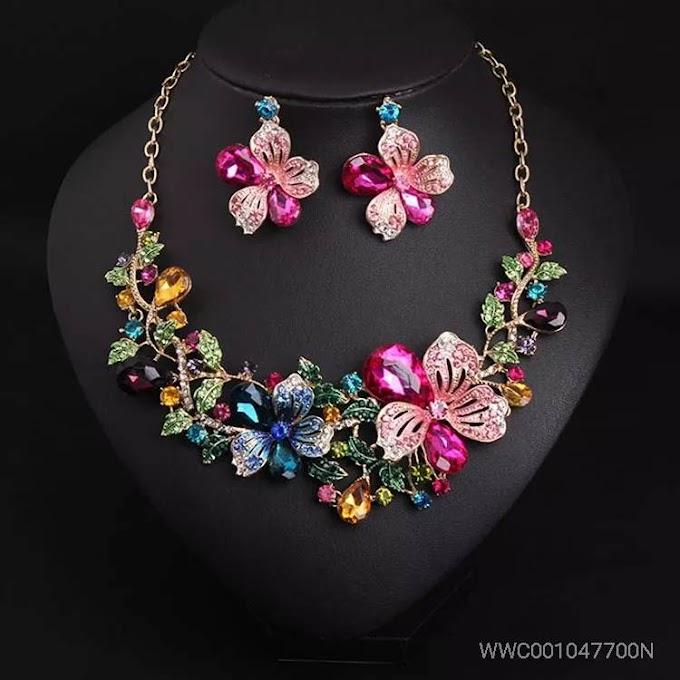 Women' jewelry