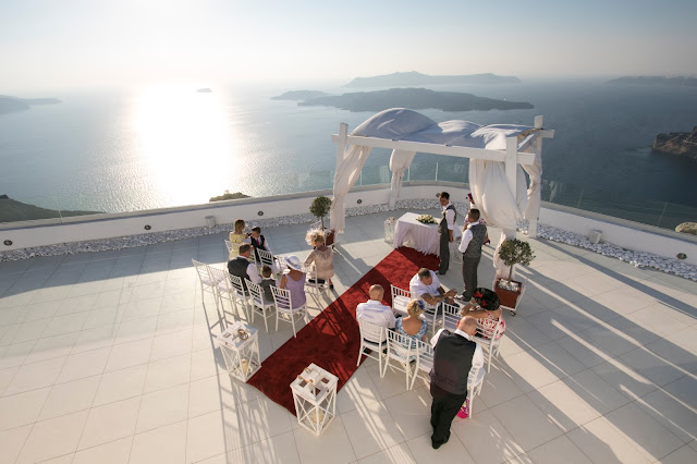 Panorama, tramonto e matrimonio da Santo Wines-Santorini