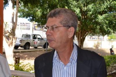 Zé Raimundo prevê dificuldades na Educação e Transporte Coletivo em Vitória da Conquista