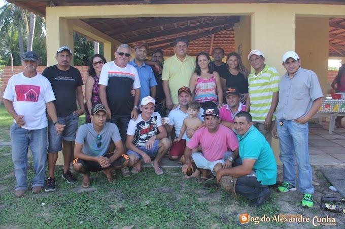 JRT VAQUMÍDIA de Chapadinha e Raimudinho de Seriema reúnem vaqueiros, proprietários de Parques de Vaquejada e líderes Políticos em  Tutoia MA