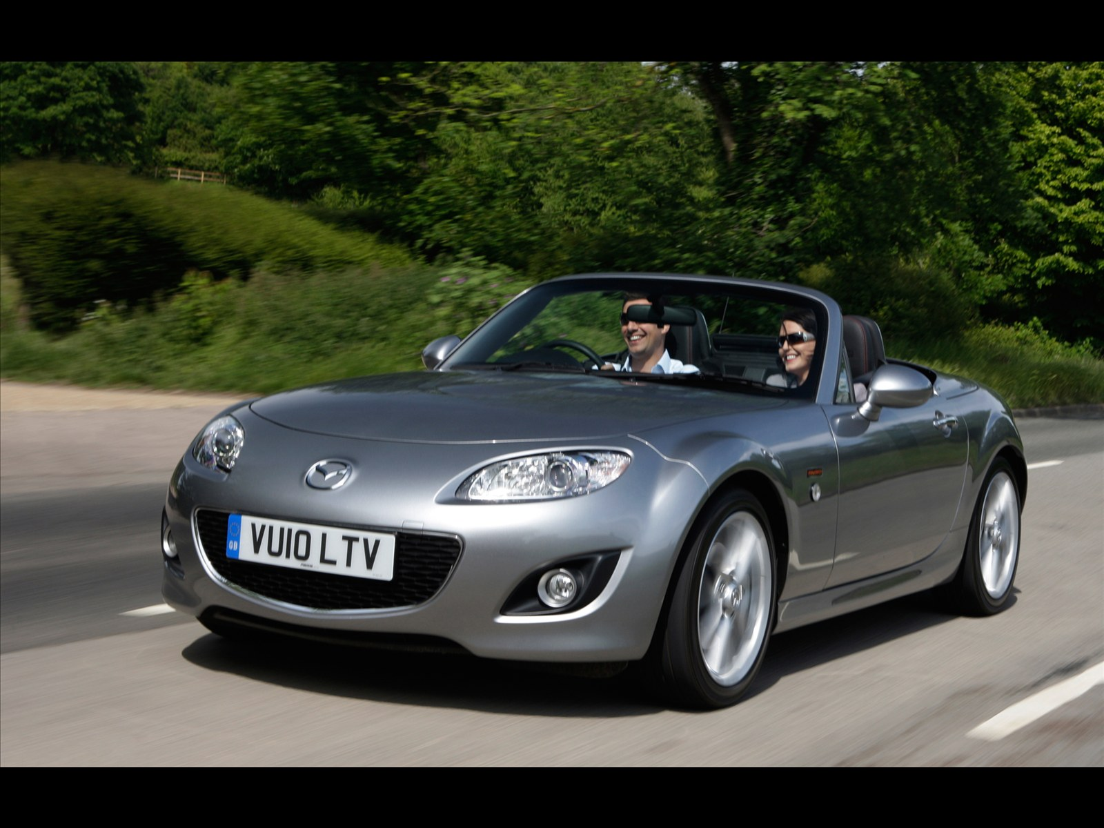 car pictures mazda mx 5 miyako roadster coupe 2011. Black Bedroom Furniture Sets. Home Design Ideas