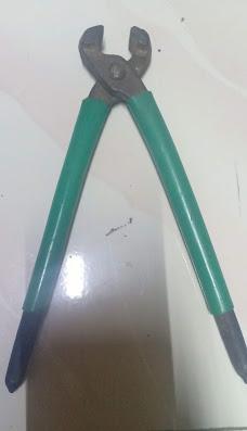Alat-alat yang harus temen-temen sipakan diantaranya