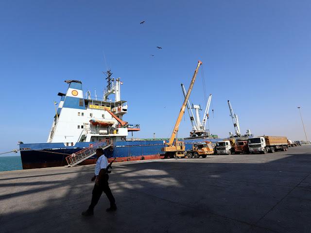 UN starts long-delayed truce monitoring in Yemen's Hodeida