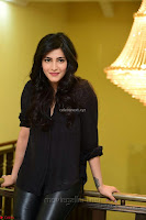 Shruti Haasan Looks Stunning trendy cool in Black relaxed Shirt and Tight Leather Pants ~ .com Exclusive Pics 026.jpg