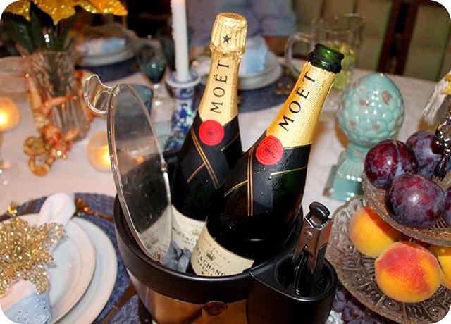 Champagne Moët & Chandon Brut Impérial - Mesa de Natal em Azul