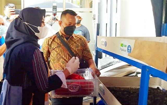 Gandeng PT Pegadaian Persero, Diwa Foundation Berdayakan Warga Solo dengan Budi Daya Cacing