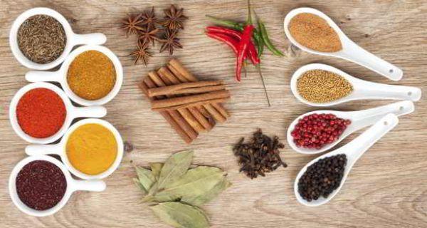 10 Meilleures Herbes qui Améliorent votre Santé