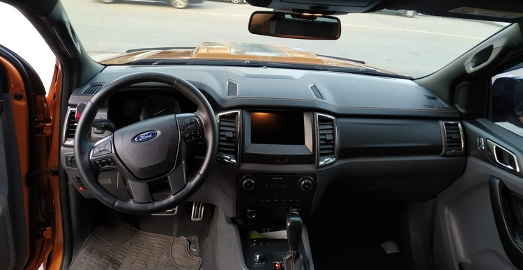 Ford Ranger Wild Track içi