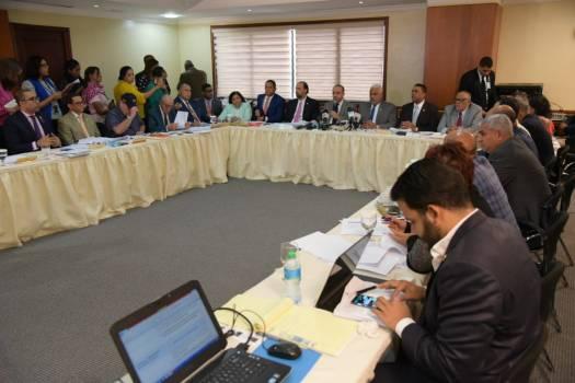 Votos de los Distritos Municipales y los Municipios cabeceras serán por separados
