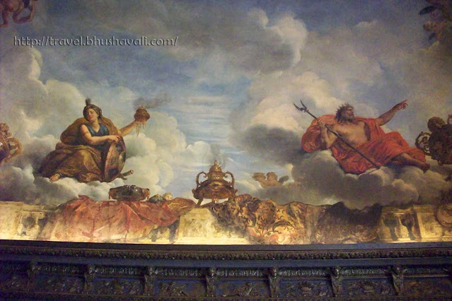 Palace of Versailles ceiling paintings in Venus Drawing Room of King's State Apartment