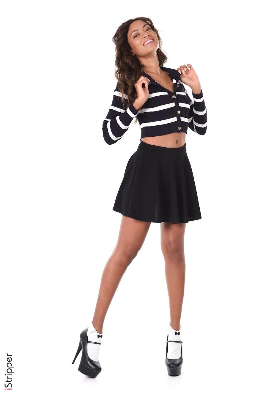 [iStripper] Naomi Victoria - Photoset Pack - idols