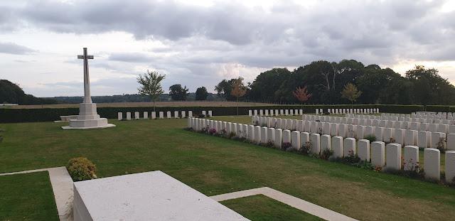La curiosa historia del cementerio de guerra de Dieppe