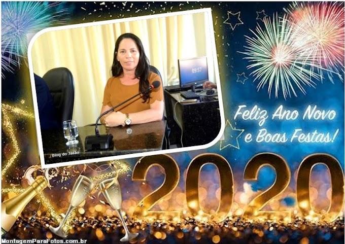 "Vereadora Irani Antunes ""Que 2020 seja repleto de Paz, Amor, Saúde e Felicidade"""