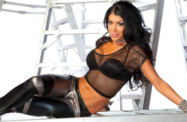 WWE - Milena Roucka