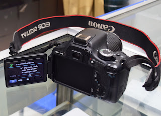 Jual Kamera DSLR Canon 600D Lensa Kit IS2 di Malang