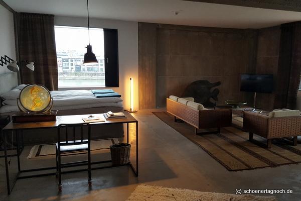 Hafenlounge Suite im Hotel Speicher 7 in Mannheim