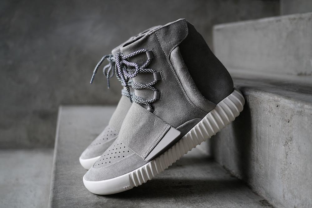 The Yeezy Boots Kanye West Sepatu Terlaris 2016