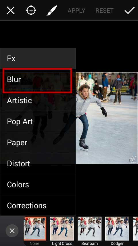 Pilih menu Blur