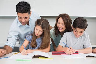 Perkembangan anak sangat ditentukan oleh pendidikan yang diberikan orangtuanya (mediaindonesia.com/thinkstock)