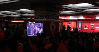 Prabowo Disambut Tepuk Tangan Kader PDIP di Kongres