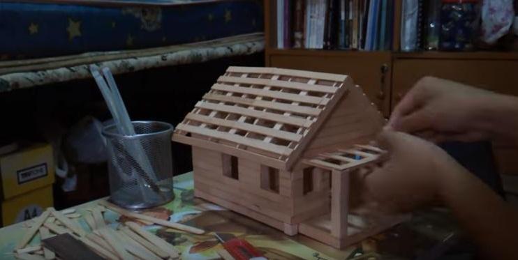cara membuat miniatur rumah dari kardus dan stik es krim
