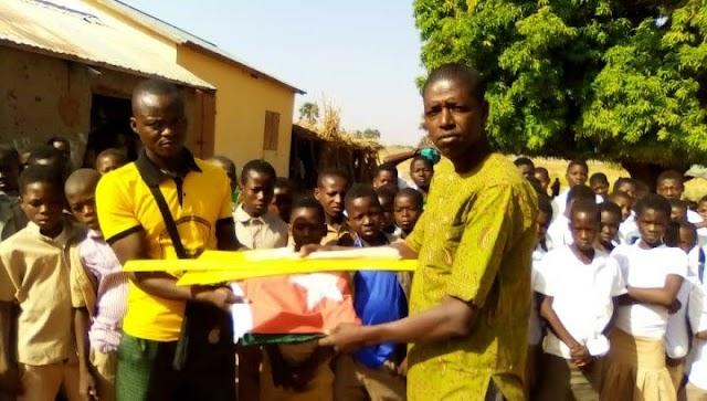 ANADEB Savanes : Grâce au cantonnage le village de Babigou a doté le CEGIL de matériels didactiques