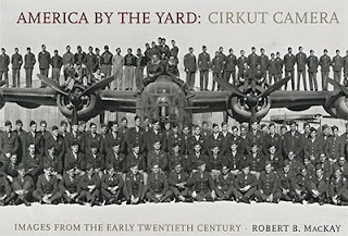Couverture de l'ouvrage America by the Yard: Cirkut Camera Images from the Early Twentieth Century de Robert B. MacKay