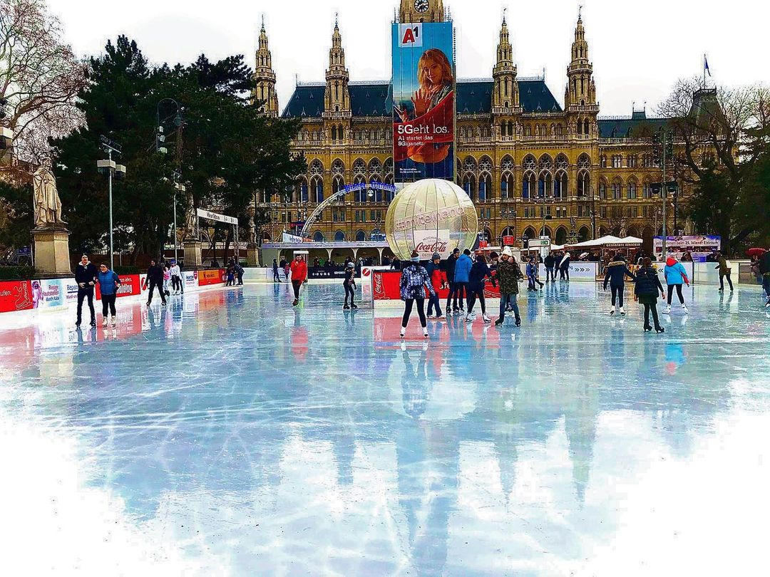 Liburan ke Vienna Ice Dream Austria